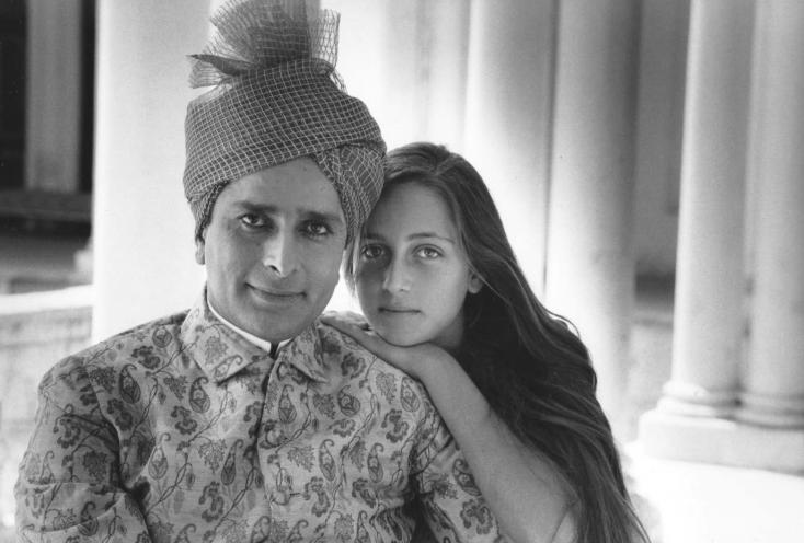 Shashi Kapoor with his daughter, Sanjna, on the sets of Heat and Dust.