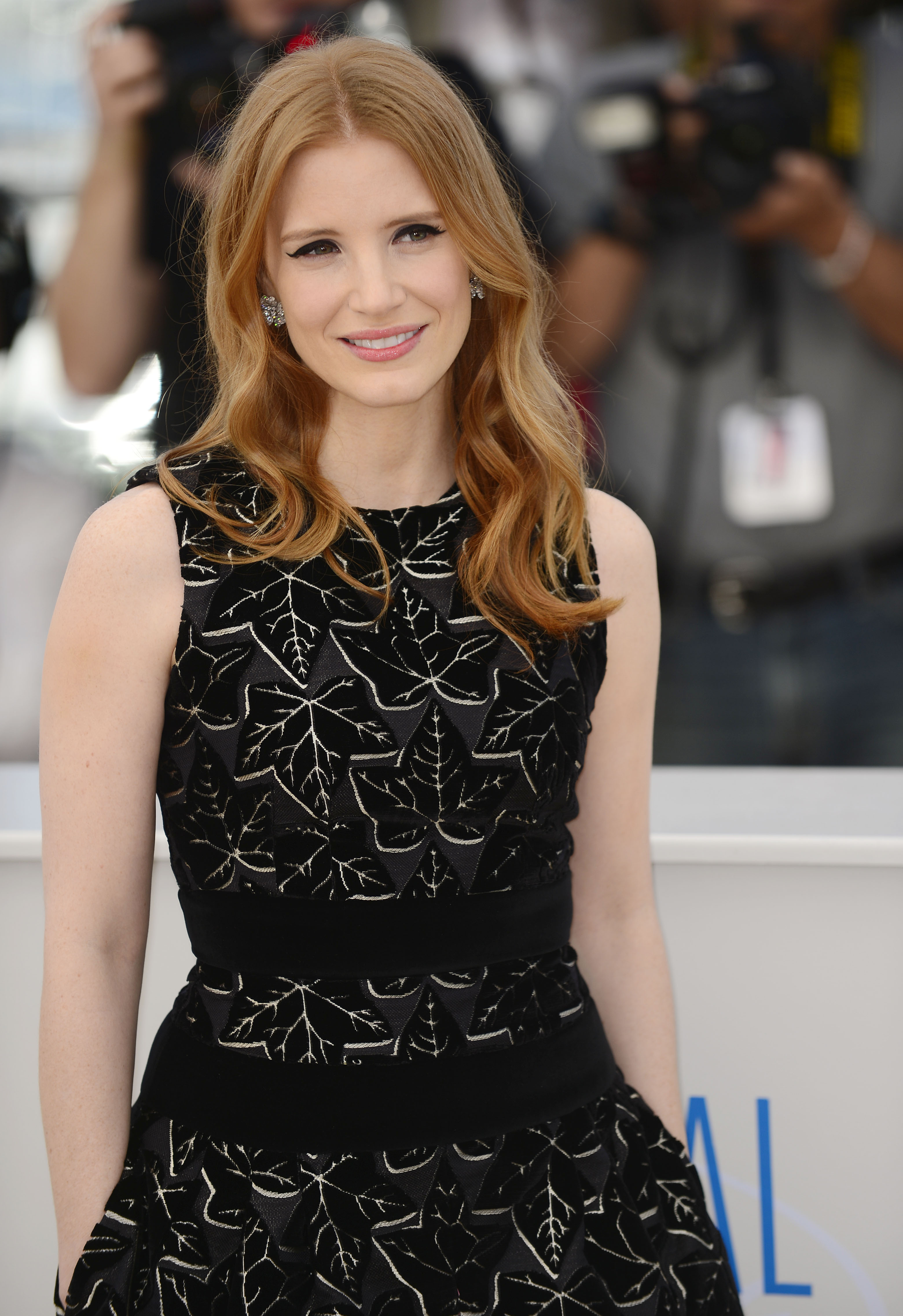 "(140518) -- CANNES, May 18, 2014 (Xinhua) -- U.S. actress Jessica Chastain poses during the photocall for ""The Disappearance of Eleanor Rigby"" at the 67th Cannes Film Festival in Cannes, France, May 18, 2014. The movie is presented in the section Un Certain Regard of the festival which runs from May 14 to 25. (Xinhua/Ye Pingfan) (djj)"